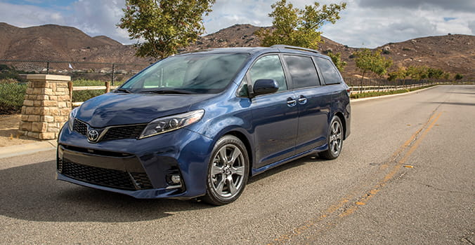 Car Review: Toyota Sienna