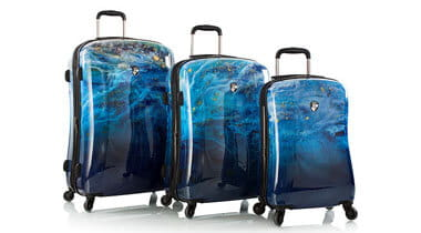 Three piece of luggage suitcases